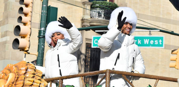 TLC Perform For Macy's 93rd Thanksgiving Day Parade In Style